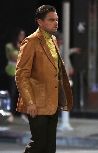 Once_Upon_a_Time_In_Hollywood_Leonardo_Dicaprio_Brown_Blazer__06790_zoom.jpg