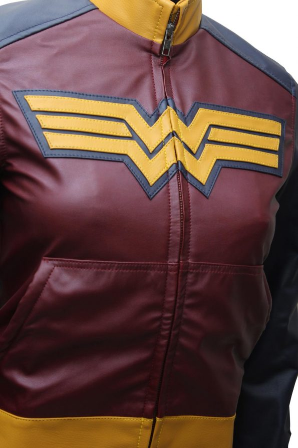 Wonder_Women_Comic_Logo_Jacket.jpg
